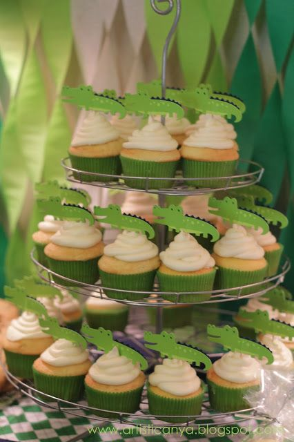 Artistic Anya Designs: Alligator Themed Baby Shower