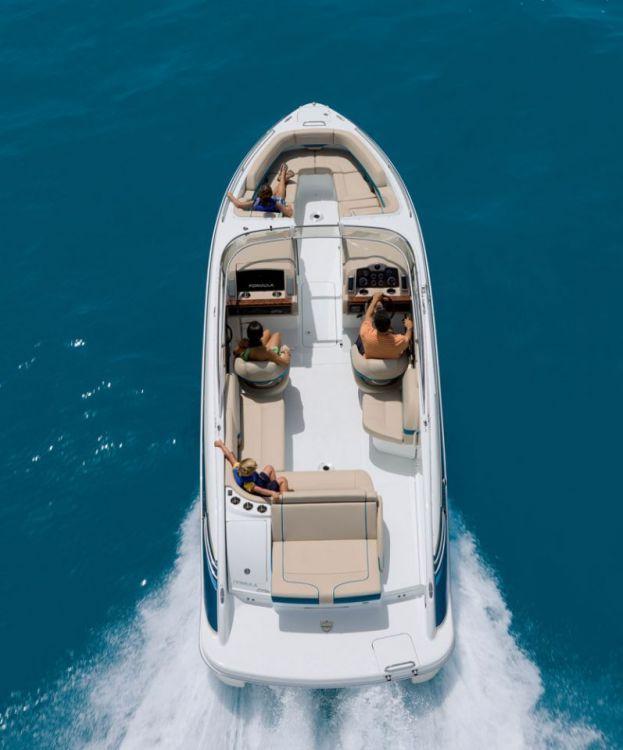 New 2012 Formula Boats 270 Bowrider Bowrider Boat -Overhead View.