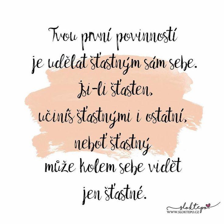 Šťastný člověk není ten, kdo tak připadá ostatním, ale ten, kdo si tak připadá sám. ☕ #sloktepo #motivacni #hrnky #muluju #citaty #zivot #darek #kafe #domov #rodina #stesti #laska #czech #czechgirl #czechboy #praha