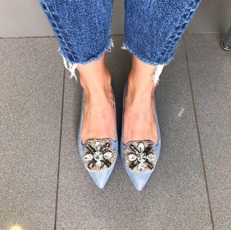 """1,001 Me gusta, 23 comentarios - Rus`O Multibrand Shoe Store (@ruso_bou) en Instagram: """"Изящные остроносые балетки заменят Вам вечерние туфли на каблуках, при этом отлично будут…"""""""
