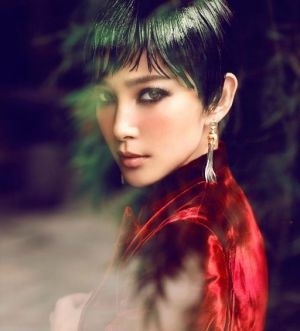 Frockage: Li Bing Bing by Chen Man for Vogue China October 2012: Bing Bing, Li Bingbing, Fashion, October 2012, China October, Asian Beauty, Chen Man, Chenman, Vogue China