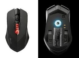 Choosing the Best Wireless gaming mouse @ https://tracesify.wordpress.com/2015/02/25/choosing-the-best-wireless-gaming-mouse/