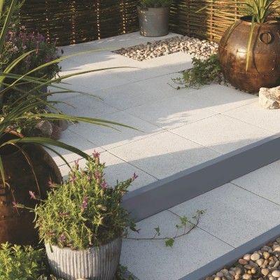 StoneFlair by Bradstone Panache Paving Silver Fleck Textured patio kits 7.68 m2 Per Pack