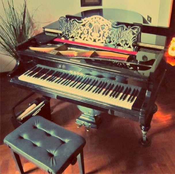 piano pianoforte antique 1800 Kaps baby grand piano concert