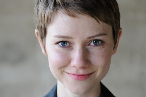 Valorie Curry Google Image Result for http://www.breakingdawnmovie.org/images/Valorie.jpg