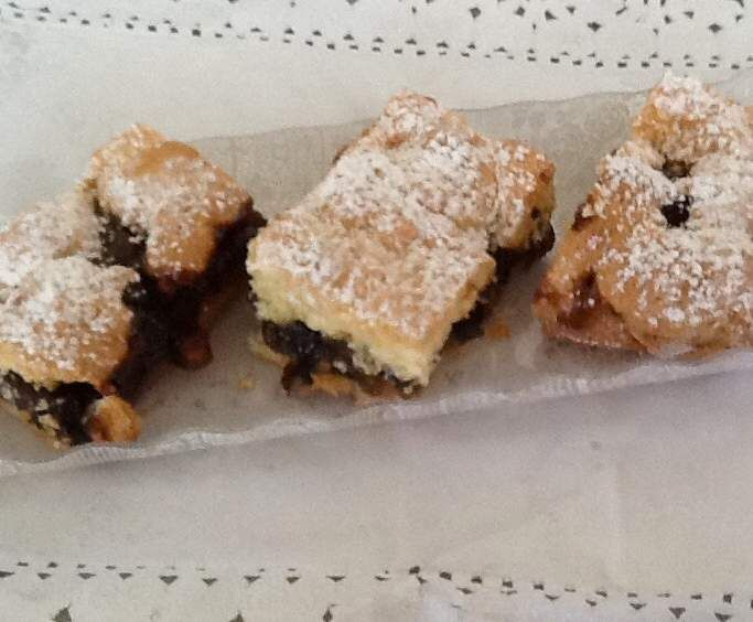 Recipe Christmas fruit mince slice by monicaih - Recipe of category Baking - sweet