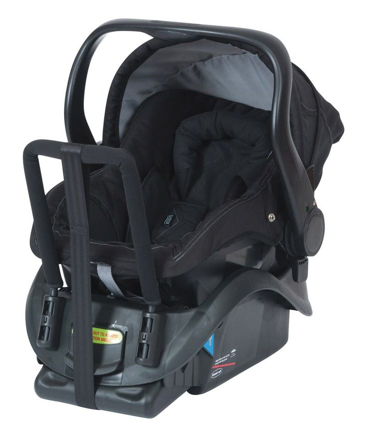 Lightweight infant carrier, ideal for moving your baby with ease