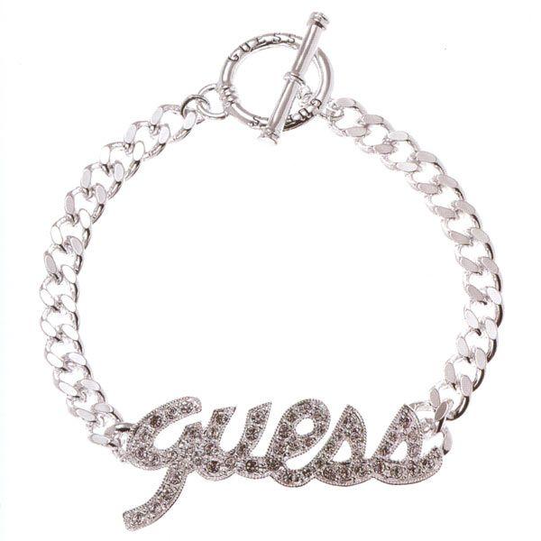 Bracelet guess avec un coeur