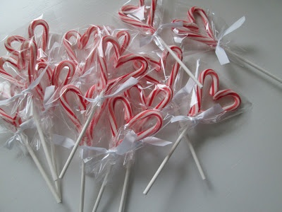 roommom27 Valentine lollipops made from candy canes.