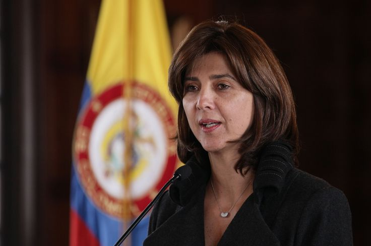 María Angela Holguín