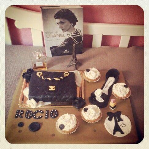 Tarta Coco Chanel por el cumpleaños de Rocío. Coco Chanel cake