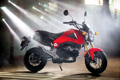 The 2014 Honda Grom, in red.