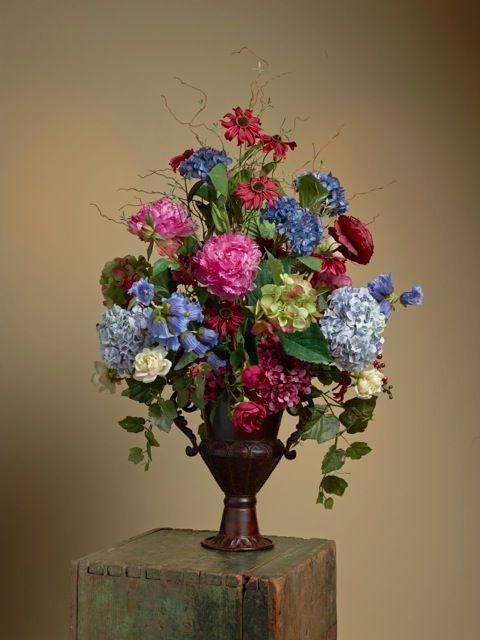 535 best images about summer floral arrangements on for Dining room flower arrangements