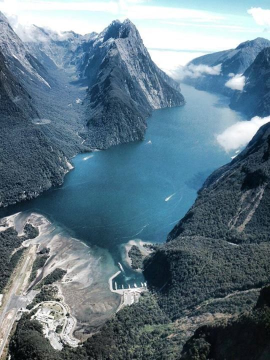 A flight over Milford Sound, South Island, New Zealand ...
