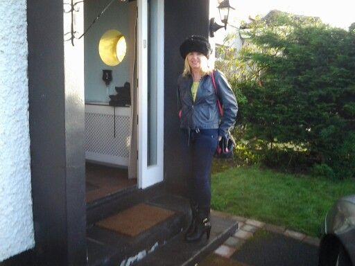 FRONT DOOR! XMAS DAY!! FREEZIN!!