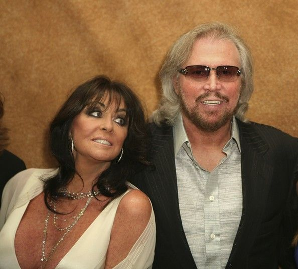 Barry Gibb and his gorgeous wife, Linda
