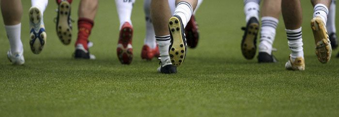 pasto sintético para canchas de fútbol