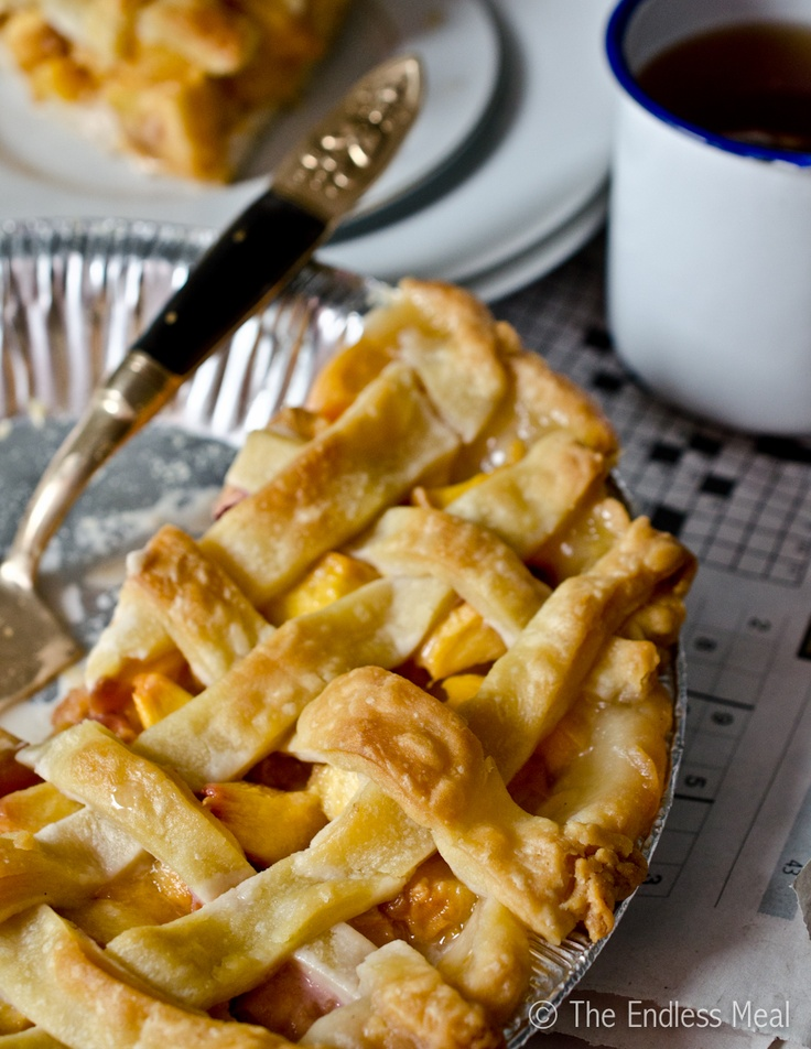 Peach Pie von The Endless Meal   – Favorite Recipes, Food deco and Bar Ideas