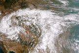 "Riiigghht...""Cloud Seeding Not to Blame for Colorado Flooding."" LiveScience.com #cloudseeding"