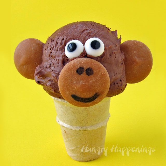 Cool off this summer with some fun ice cream cone animals. These Mini Chocolate Ice Cream Cone Monkeys, polar bears, eagles, and goldfish are wild.