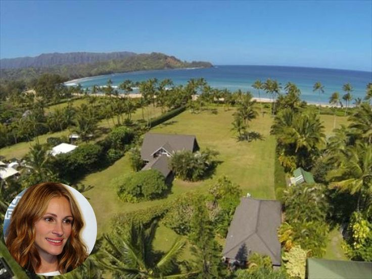 Julia Roberts house in Hawaii, called, The Faye Estate, is for sale. Her house has over 200 feet of beachfront property, a rarity. It's a dream location