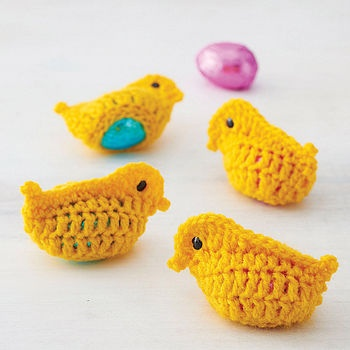 Crochet Easter Egg Cozy - It would make more sense if they were hens...