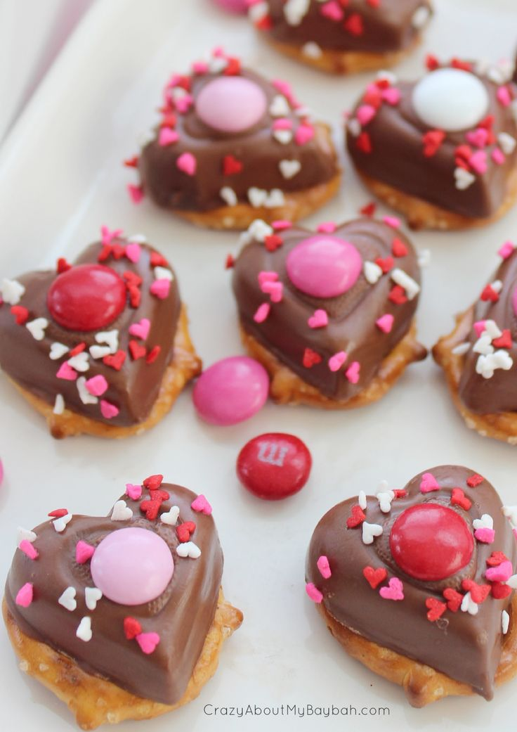 Valentine's Day Chocolate Pretzels