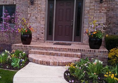 Spring entryway in Springfield