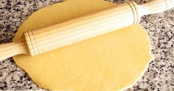 Cómo se hace la masa quebrada o pasta brisa para usar en recetas dulces o saladas
