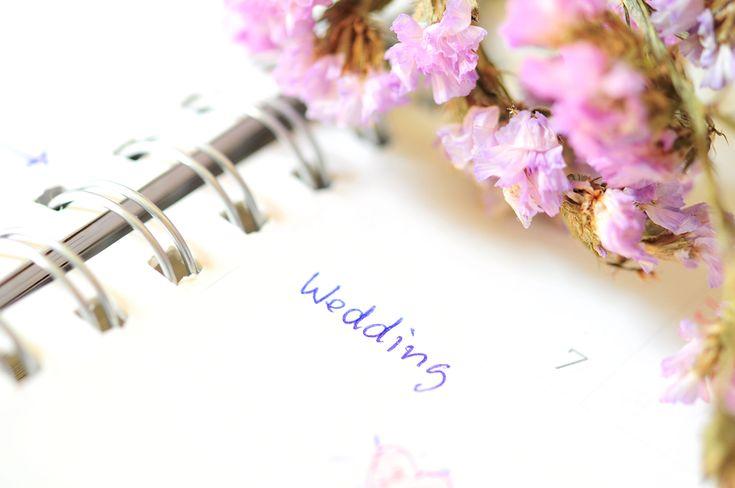 結婚式準備を思いっきり楽しもう!可愛いウェディングノート作りのアイデア