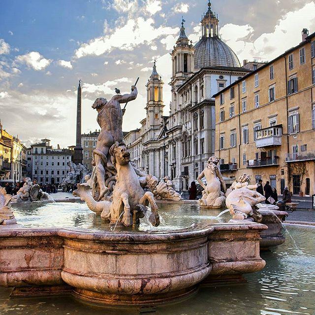 Piazza Navona ❤ Roma ••••••••••••••••••••••••••••  Fotografia di @anto81nio •••••••••••••••••••••••••••• Tagga le tue foto migliori con #noidiroma e seguici per entrare a far parte della gallery @noidiroma •••••••••••••••••••••••••••• Segui tutti i nostri profili  @aforismiromani - Scopri la community che stà facendo impazzire Instagram  @fabriziofrustaci - Ideatore del progetto Aforismi Romani e Noidiroma ✈ #roma #ig_lazio #ig_roma #ig_italia #italia365 #rome #visitrome #...
