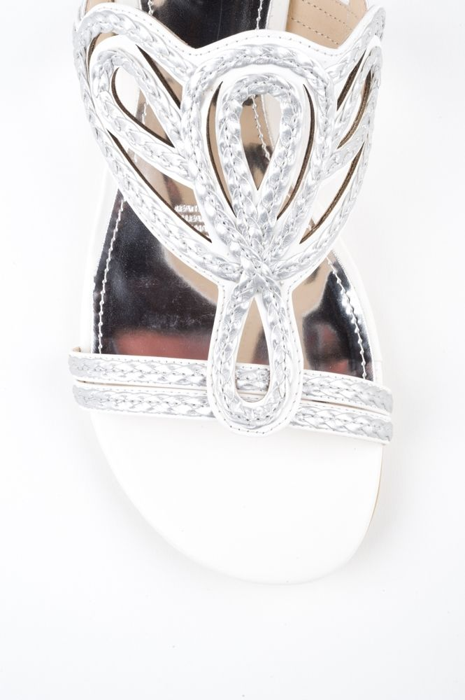 SS14 236 A great sandal that offers good foot coverageby DIANA FERRARI. Can be dressed up or down to suit your style. With themetallic heel and woven metallic uppers this is a nice sandal for evening wearand beach weddings. HEEL: 2cm WIDTH: B