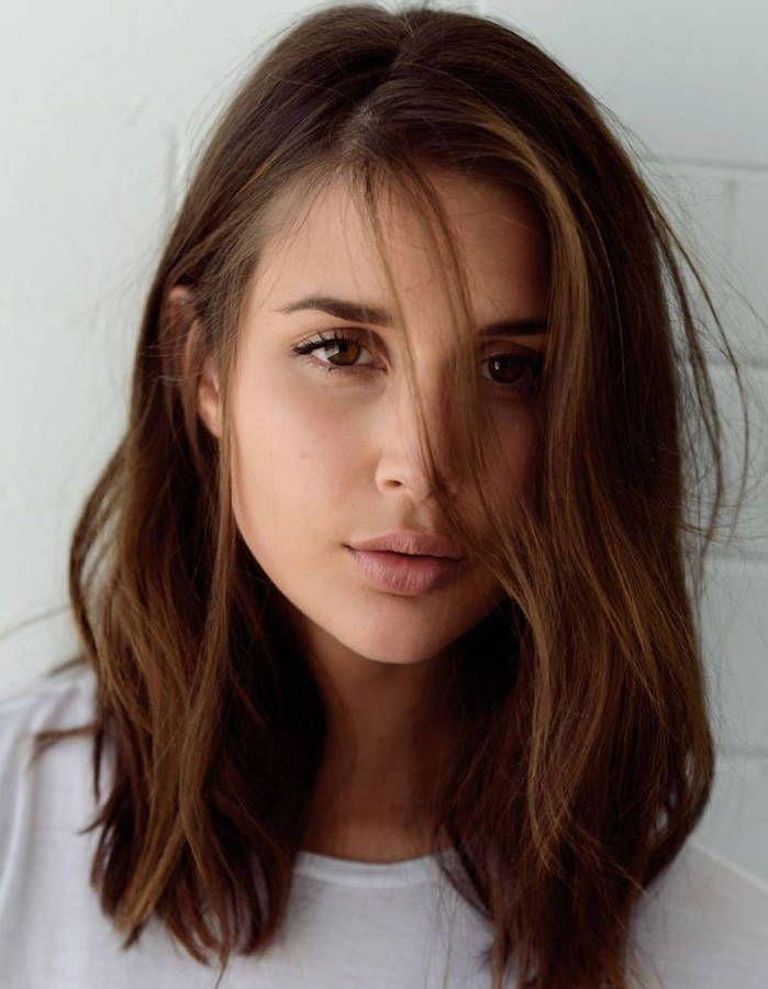 Idée Tendance Coupe & Coiffure Femme 2017/ 2018 : Coiffure visage rond ovale  - 40 coiffures canon pour les visages ronds - Elle