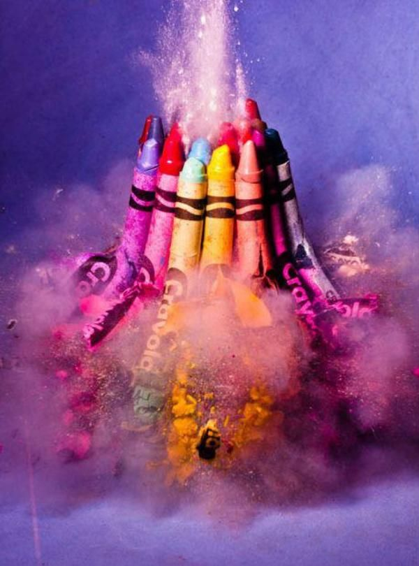 High speed by Alan Sailer.: Colour, Christmas Photography, True Colors, Exploding Crayons, Crayons Parties, Crayola, Alan Sailer, Amazing Photos, Bullets