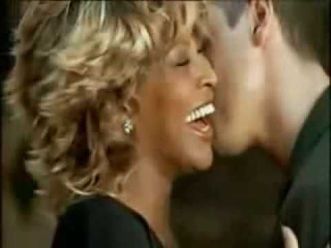 Re-mastered clip of Tina Turner and Eros Ramazzotti.