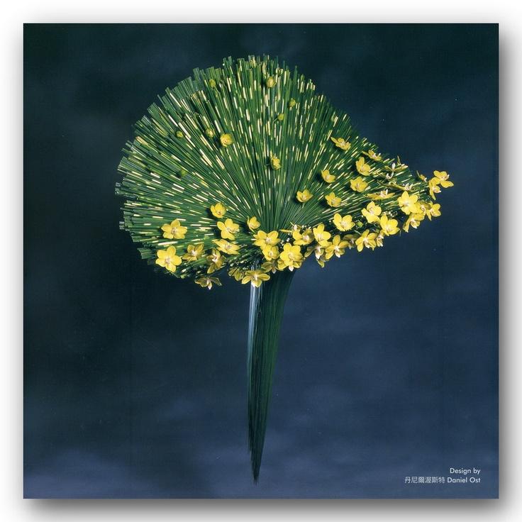 304 besten floristische werkst cke bilder auf pinterest art floral blumen kunst und blumen. Black Bedroom Furniture Sets. Home Design Ideas