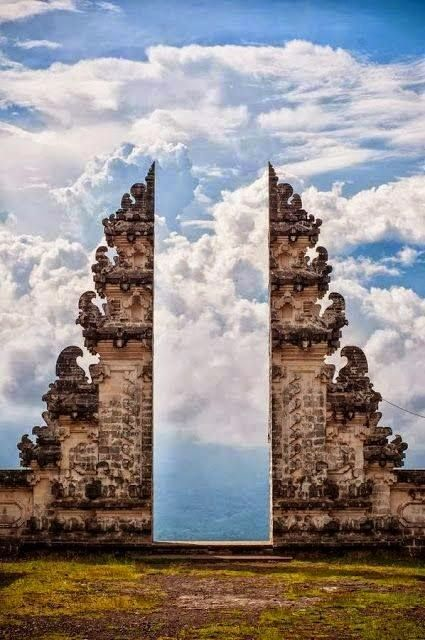 ^Pura Lempuyang Door in Bali, Indonesia