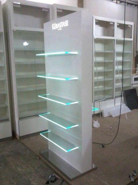 Estudio Masi - Equipamiento comercial de calidad, muebles, Exhibidores, Displays, Areas promocionales