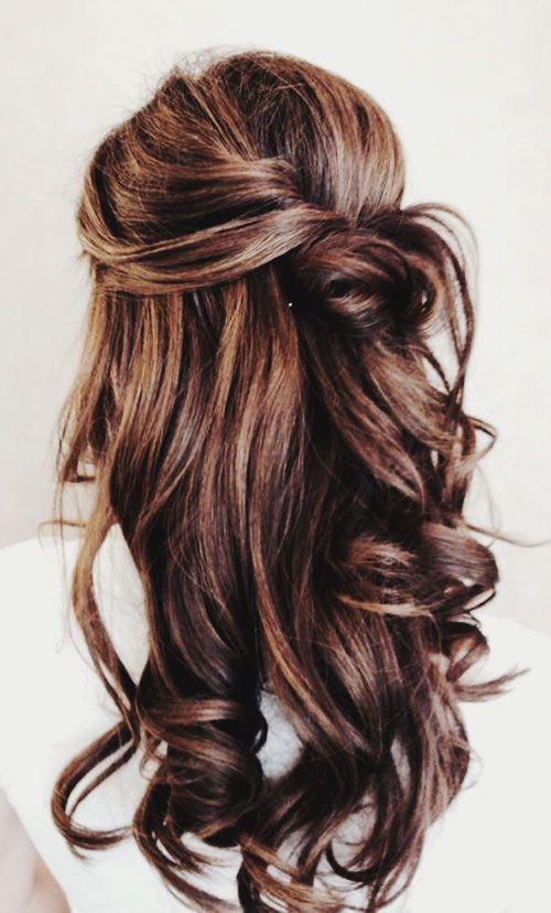 Curled, half up half down // gorgeous. The rehearsal dinner hair!! #Wedding #Hair