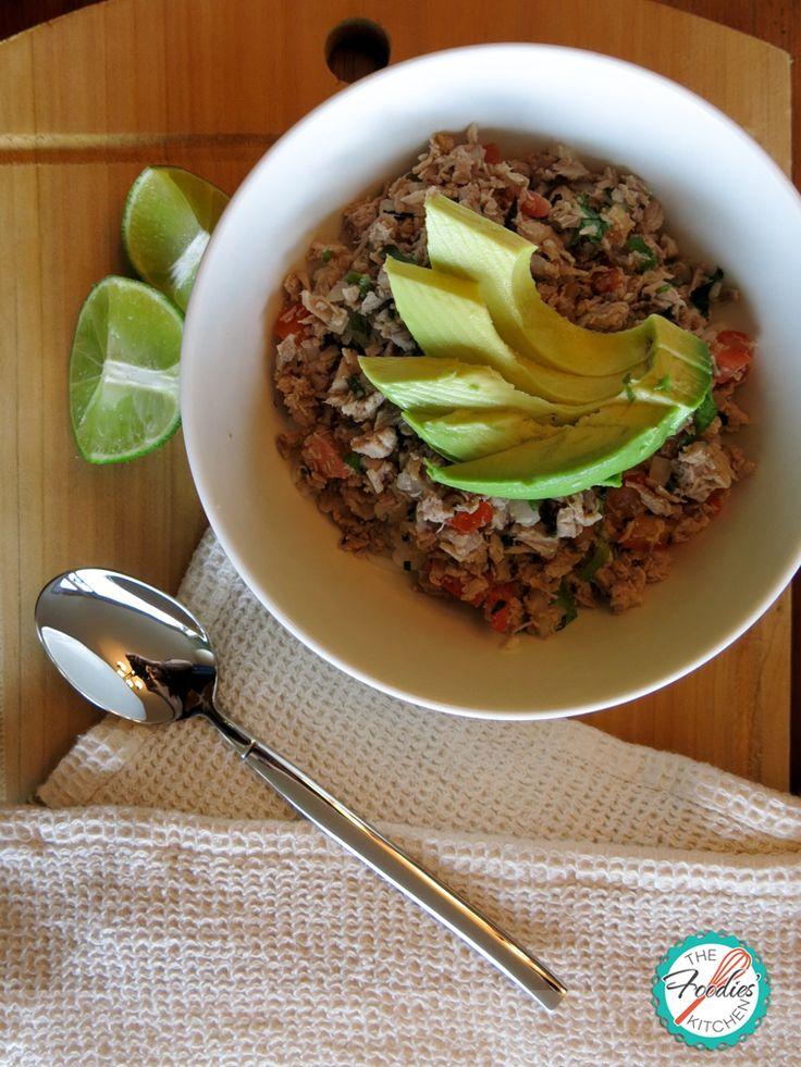Salpicón- Un plato típico de Guatemala. El plato se hace con carne de vacuno, picada de carne y verduras picadas.