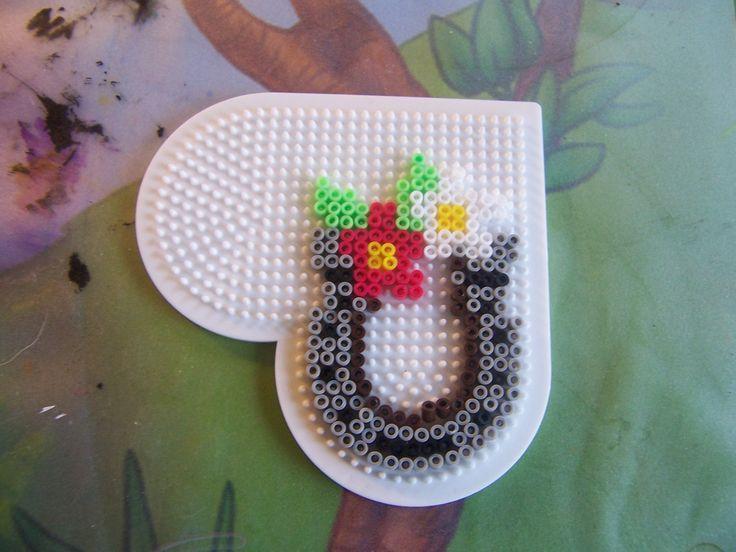 Horse shoe hama beads by Randi Frederiksen