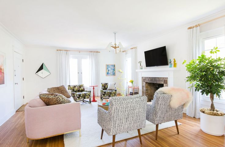 Samira Wiley and Lauren Morelli Take AD Inside Their California Bungalow Photos   Architectural Digest