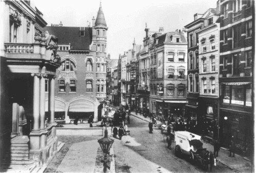 De Korte Hoogstraat met links het Schielandshuis