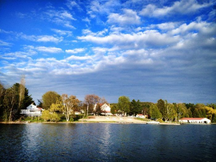 Its close proximity to Traverse City and Sleeping Bear Dunes is just an added bonus of Fountain Point's quaint setting — you're only a short drive away from some of our state's most gorgeous natural wonders.