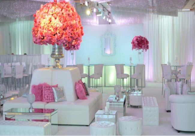 THIS WOULD BE AWESOME FOR OUR COCTAIL HOUR.  OURS WOULD BE OUTDOORS!  LOVE THE WHITE LEATHAER.  cool wedding lounges, pink!  Wedding Lounges | Stylish Seating