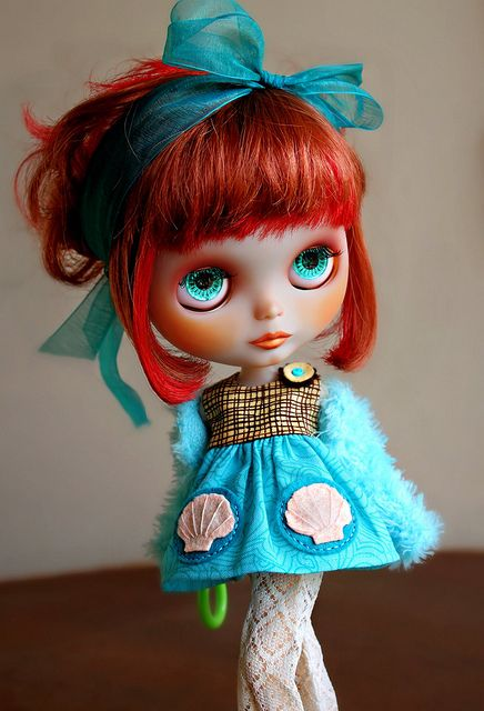 I love this model: Ahcahcum Zukin  ( ELLEWOODS BLYTHE AND PIC) <3