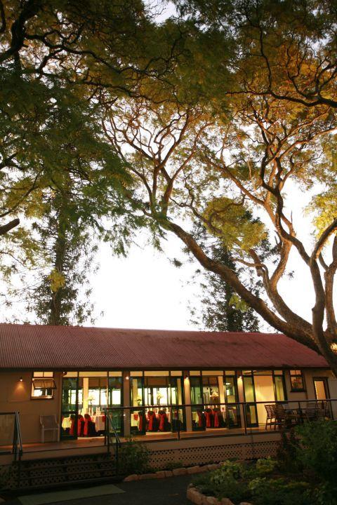 http://www.woodlandsofmarburg.com.au/uploads/images/Gallery/photo-gallery/weddings/Jacaranda/IMG_0084.jpg