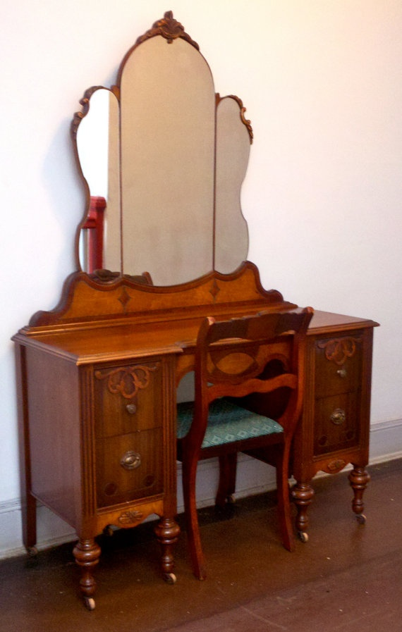 Handcarved 1930s Antique Vanity Amp Chair Solid Oak By