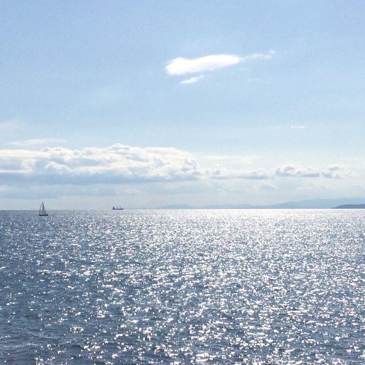 """""""Caldi come il sole, azzuri come il cielo, immensi come il mare"""". Αυτοί είμαστε. #Piraeus #spring #Greece #blue #sea #sun"""