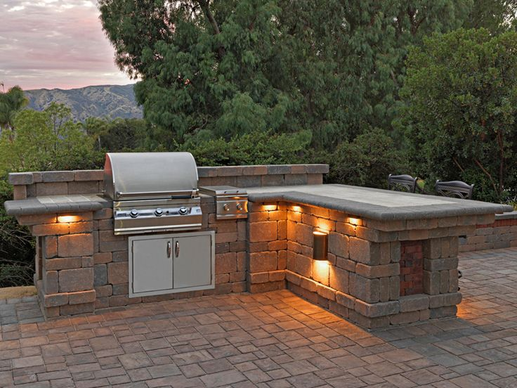 63 best images about bbq on pinterest countertops for Kitchen lighting ideas b q